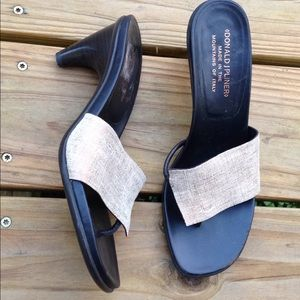 8 Donald J Pliner Thong Toe Sandals Tatum Italy